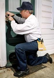 Hiring a locksmith