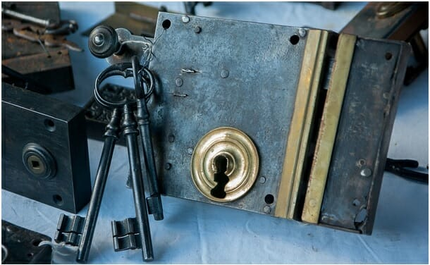 What is the cost of a locksmith for a callout?